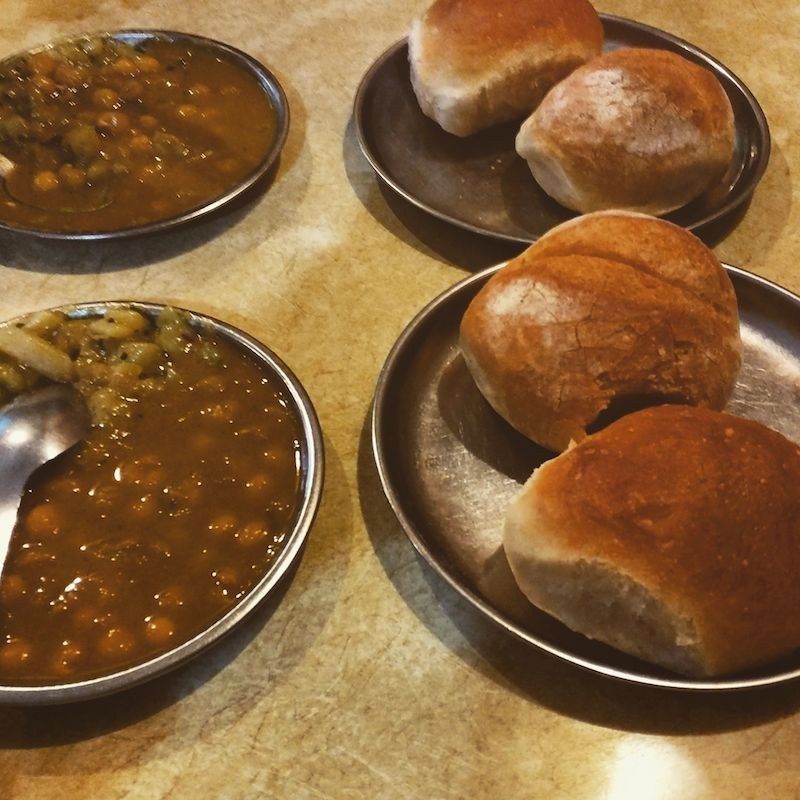 bun and sabzi in goa